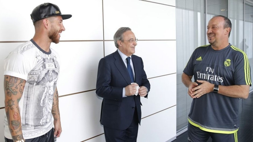 MADRID, SPAIN - JULY 09: Real Madrid President Florentino Perez Welcomes Back the Players to Pre-Season Training at Valdebebas training ground on July 9, 2015 in Madrid, Spain. (Photo by Helios de la Rubia/Real Madrid via Getty Images)