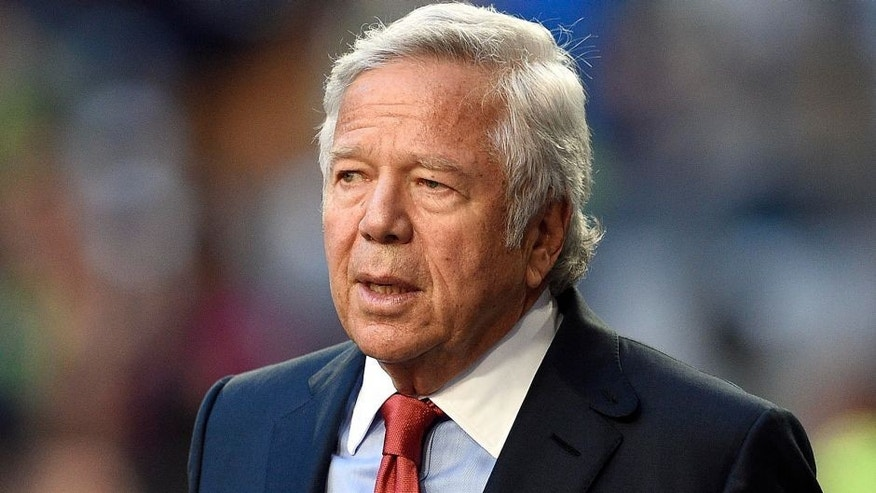 Feb 1, 2015; Glendale, AZ, USA; New England Patriots owner Robert Kraft before Super Bowl XLIX against the Seattle Seahawks at University of Phoenix Stadium. Mandatory Credit: Kyle Terada-USA TODAY Sports