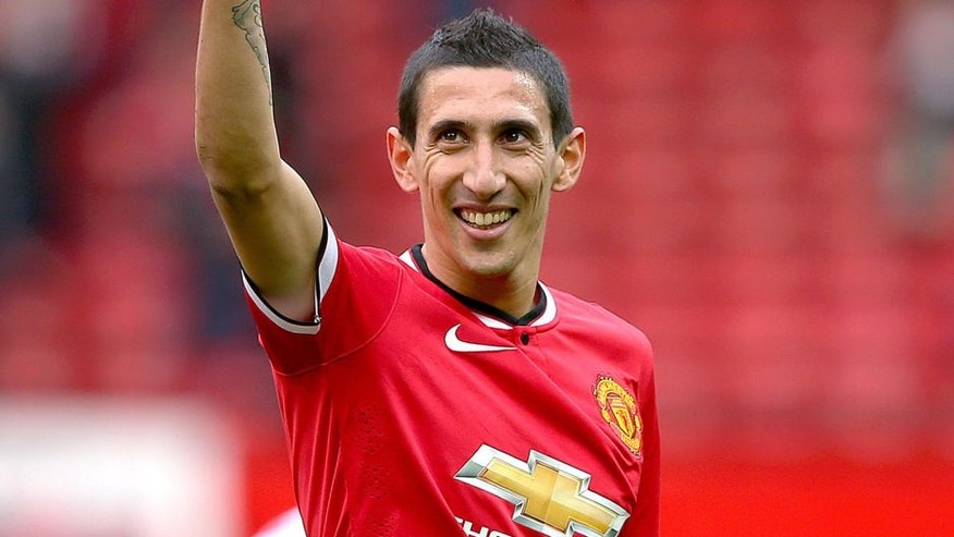 MANCHESTER, ENGLAND - APRIL 04: Angel di Maria of Manchester United gives a thumbs up to the crowd after the Barclays Premier League match between Manchester United and Aston Villa at Old Trafford on April 4, 2015 in Manchester, England. (Photo by Alex Livesey/Getty Images)