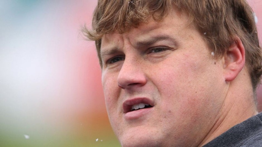 ORCHARD PARK, NY - DECEMBER 18: Richie Incognito #68 of the Miami Dolphins warms up before their NFL game against the Buffalo Bills at Ralph Wilson Stadium on December 18, 2011 in Orchard Park, New York. Miami won 30-23. (Photo by Tom Szczerbowski/Getty Images)