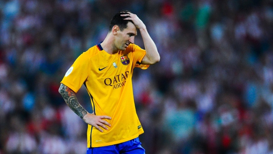 BILBAO, SPAIN - AUGUST 14:  Lionel Messi of FC Barcelona looks down dejected during the Spanish Super Cup first leg match between FC Barcelona and Athletic Club at San Mames Stadium on August 14, 2015 in Bilbao, Spain.  (Photo by David Ramos/Getty Images)