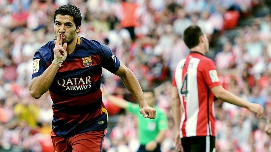 BILBAO, SPAIN - AUGUST 23: Luis Suarez of FC Barcelona celebrates after scoring Barcelona opening goal during the La Liga match between Athletic Club and FC Barcelona at San Mames Stadium on August 23, 2015 in Bilbao, Spain. (Photo by Denis Doyle/Getty Images)