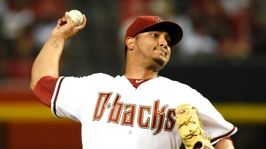 PHOENIX, AZ - AUGUST 24: Jhoulys Chacin #47 of the Arizona Diamondbacks delivers a first inning pitch against the St Louis Cardinals at Chase Field on August 24, 2015 in Phoenix, Arizona. (Photo by Norm Hall/Getty Images)