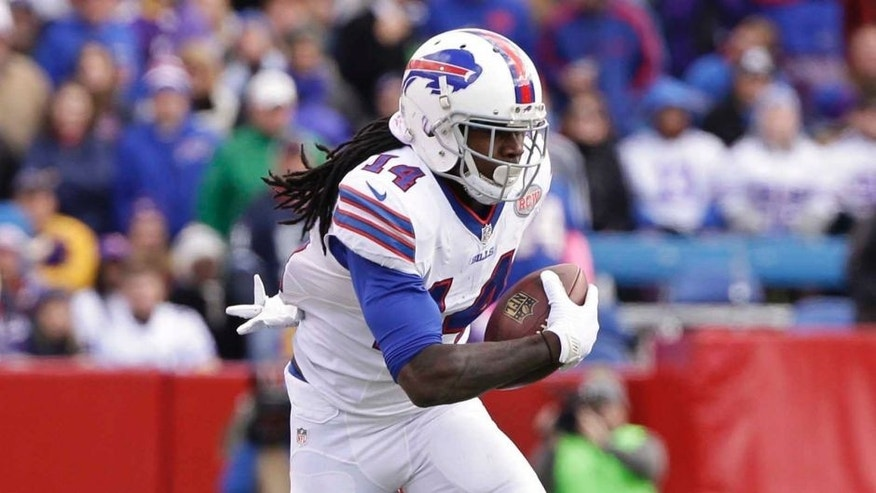 Buffalo Bills wide receiver Sammy Watkins carries the ball during the first half.