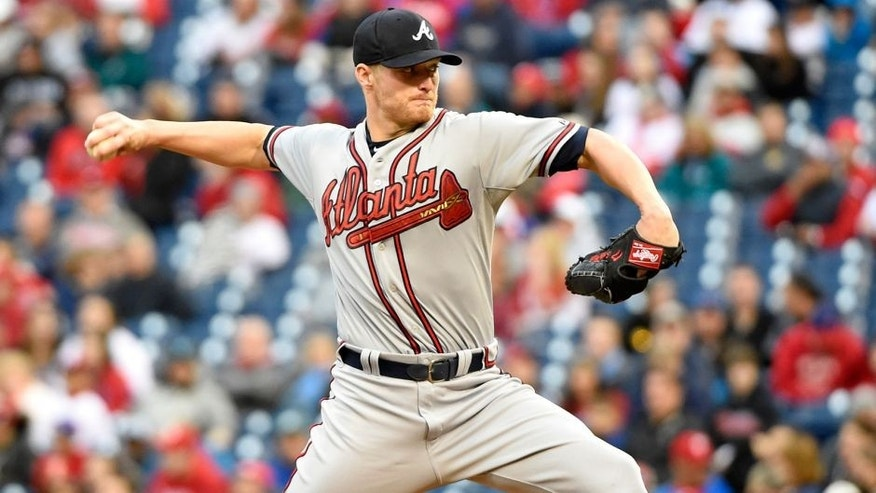 Apr 25, 2015; Philadelphia, PA, USA; Atlanta Braves starting pitcher Shelby Miller (17) throws a pitch during the first inning against the Philadelphia Phillies at Citizens Bank Park. Mandatory Credit: Eric Hartline-USA TODAY Sports