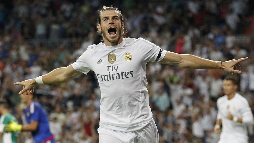 MADRID, SPAIN - AUGUST 29: Gareth Bale of Real Madrid celebrates after scoring the opening goal during the La Liga match between Real Madrid CF and Real Betis Balompie at Estadio Santiago Bernabeu on August 29, 2015 in Madrid, Spain. (Photo by Angel Martinez/Real Madrid via Getty Images)