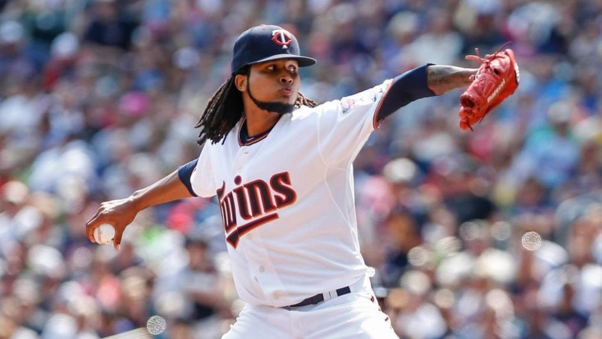 Minnesota Twins starting pitcher Ervin Santana pitches to the Houston Astros in the first inning at Target Field on Sunday, Aug. 30, 2015.