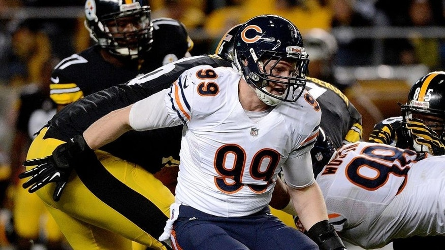 PITTSBURGH, PA - SEPTEMBER 22: Defensive lineman Shea McClelliin #99 of the Chicago Bears pursues the play during a game against the Pittsburgh Steelers at Heinz Field on September 22, 2013 in Pittsburgh, Pennsylvania. The Bears defeated the Steelers 40-23. (Photo by George Gojkovich/Getty Images)