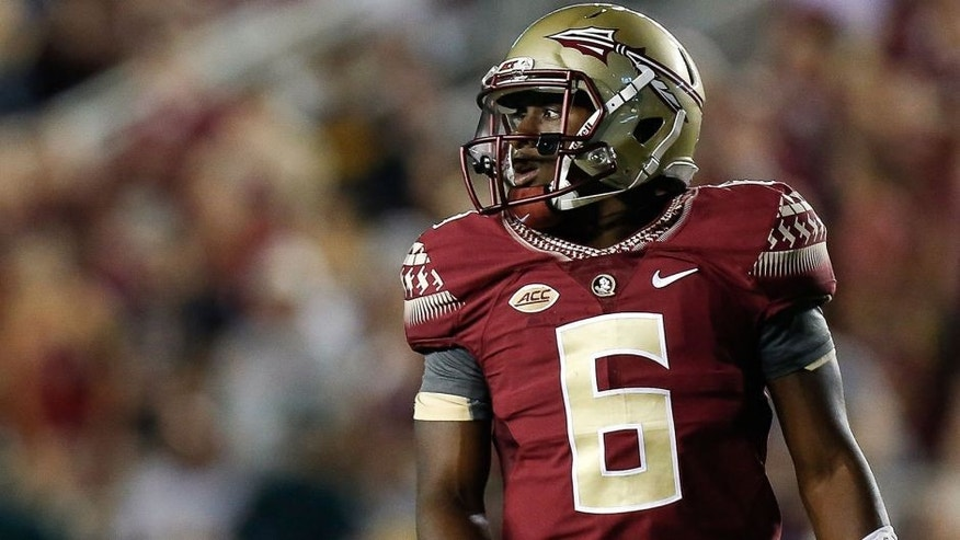 TALLAHASSEE, FL - SEPTEMBER 5: Quarterback Everette Golson #6 of the Florida State Seminoles during the game against the Texas State Bobcats at Doak Campbell Stadium on Bobby Bowden Field on September 5, 2015 in Tallahassee, Florida. The 10th ranked Seminoles defeated Texas State 59 to 16. (Photo by Don Juan Moore/Getty Images)