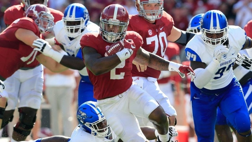 Sep 12, 2015; Tuscaloosa, AL, USA; Alabama Crimson Tide running back Derrick Henry (2) carries the ball against Middle Tennessee Blue Raiders at Bryant-Denny Stadium. Mandatory Credit: Marvin Gentry-USA TODAY Sports