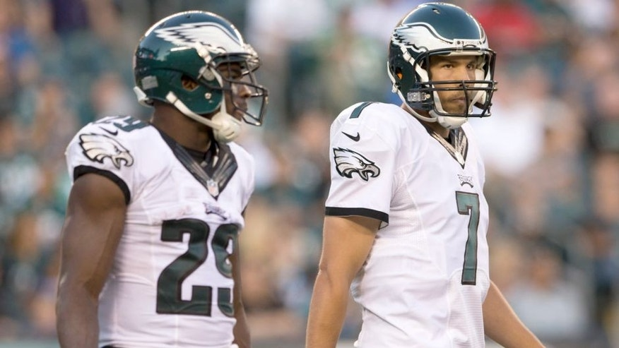 PHILADELPHIA, PA - AUGUST 22: Sam Bradford #7 and DeMarco Murray #29 of the Philadelphia Eagles play in the game against the Baltimore Ravens on August 22, 2015 at Lincoln Financial Field in Philadelphia, Pennsylvania. (Photo by Mitchell Leff/Getty Images)
