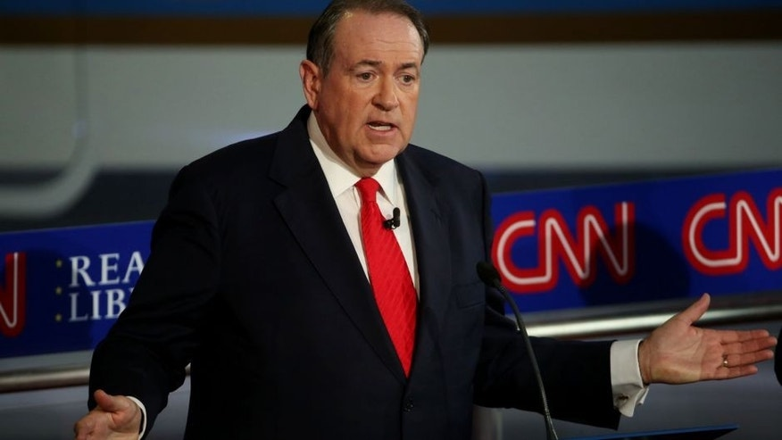 SIMI VALLEY, CA-SEPTEMBER. 16: Republican presidential candidate Mike Huckabee takes part in the presidential debates at the Reagan Library on September 16, 2015 in Simi Valley, California. Fifteen Republican presidential candidates are participating in the second set of Republican presidential debates. (Photo by Justin Sullivan/Getty Images)