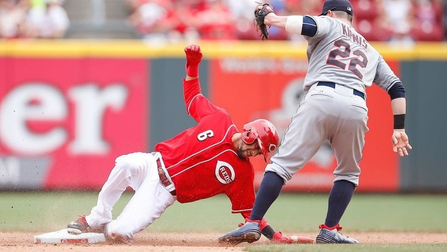 CINCINNATI, OH - JULY 19: Billy Hamilton #6 of the Cincinnati Reds gets tagged out trying to steal second base by Jason Kipnis #22 of the Cleveland Indians in the fifth inning at Great American Ball Park on July 19, 2015 in Cincinnati, Ohio. The Indians defeated the Reds 5-3 in 11 innings. (Photo by Joe Robbins/Getty Images)