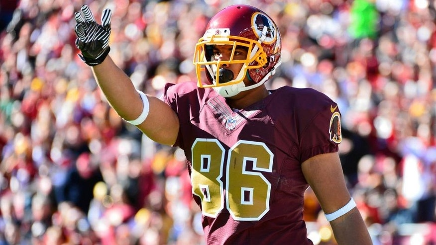 Nov 3, 2013; Landover, MD, USA; Washington Redskins tight end Jordan Reed (86) signals a first down during the first quarter at FedEx Field. Mandatory Credit: Tommy Gilligan-USA TODAY Sports