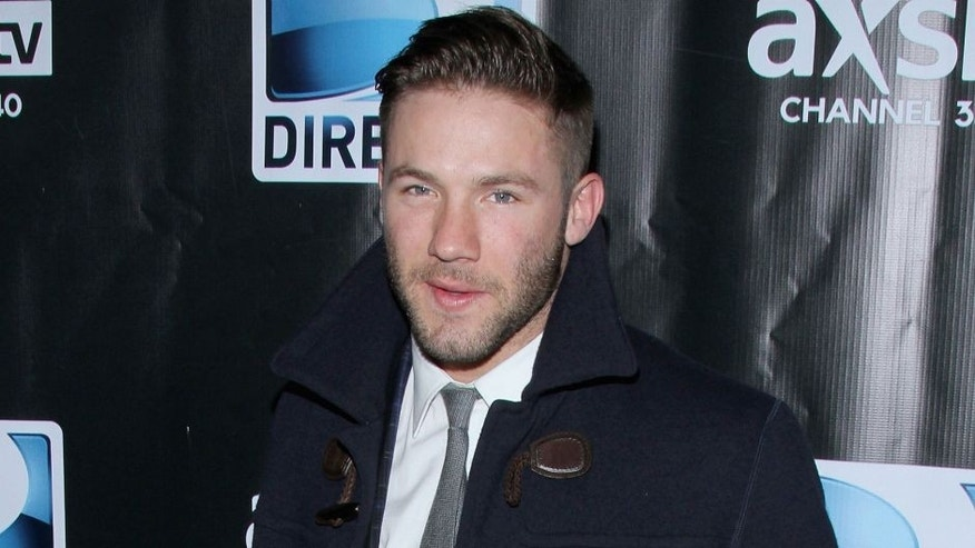 NEW YORK, NY - FEBRUARY 01: Football player Julian Edelman attends the DirecTV Super Saturday Night at Pier 40 on February 1, 2014 in New York City. (Photo by Rob Kim/Getty Images for DirecTV)