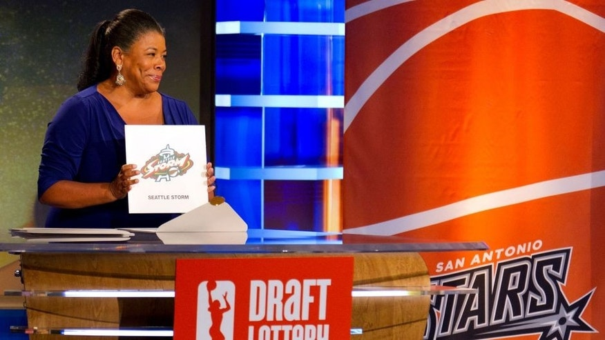 BRISTOL, CT - SEPTEMBER 24: Laurel J. Richie, President of the WNBA, holds up the card for the 1st overall pick during the 2015 WNBA Draft Lottery at ESPN Studios on September 24, 2015 in Bristol, Connecticut.. NOTE TO USER: User expressly acknowledges and agrees that, by downloading and/or using this Photograph, user is consenting to the terms and conditions of the Getty Images License Agreement. Mandatory Copyright Notice: Copyright 2015 NBAE (Photo by Chris Marion/NBAE via Getty Images)