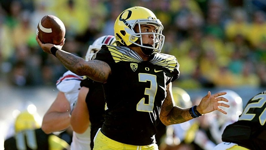 Sep 5, 2015; Eugene, OR, USA; Oregon Ducks quarterback Vernon Adams Jr. (3) throws the ball in the second quarter against the Eastern Washington Eagles at Autzen Stadium. Mandatory Credit: Scott Olmos-USA TODAY Sports