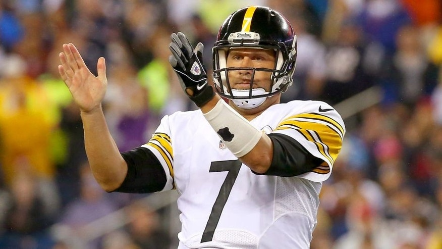 Ben Roethlisberger #7 of the Pittsburgh Steelers gestures after a play in the second half against the New England Patriots at Gillette Stadium on September 10, 2015 in Foxboro, Massachusetts. (Photo by Jim Rogash/Getty Images)