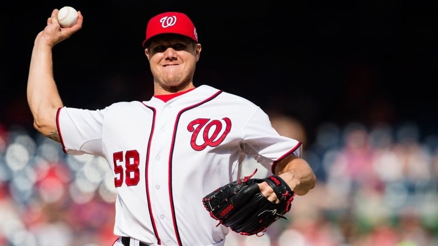 WASHINGTON, DC - AUGUST 30: Jonathan Papelbon #58 of the Washington Nationals throws a pitch to a Miami Marlins batter in the ninth inning of a baseball game at Nationals Park on August 30, 2015 in Washington, DC. (Photo by Patrick McDermott/Washington Nationals/Getty Images)