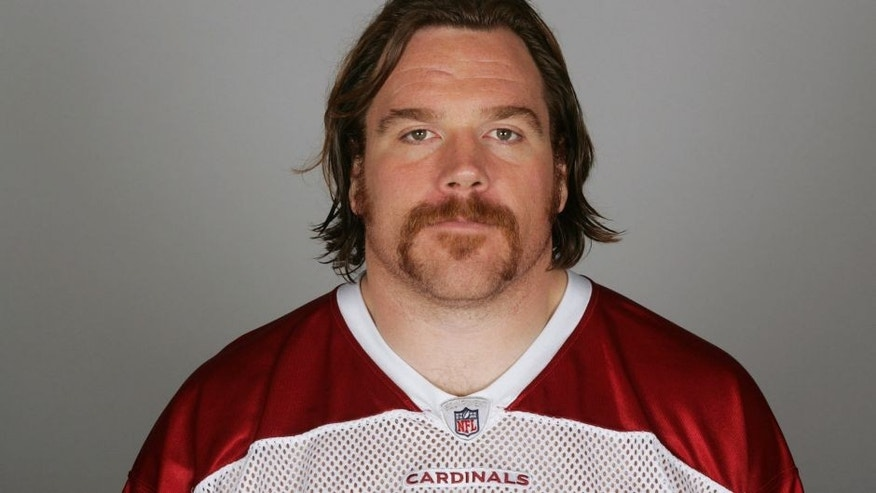 TEMPE, AZ - CIRCA 2010: In this handout image provided by the NFL, Alan Faneca of the Arizona Cardinals poses for his NFL headshot circa 2010 in Tempe, Arizona. (Photo by NFL via Getty Images) *** Local Caption *** Alan Faneca