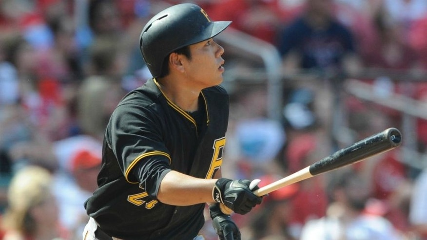 Pittsburgh Pirates' Jung Ho Kang, of South Korea, watches his solo home run against the St. Louis Cardinals in the ninth inning in a baseball game, Sunday, May 3, 2015, at Busch Stadium in St. Louis. (AP Photo/Bill Boyce)