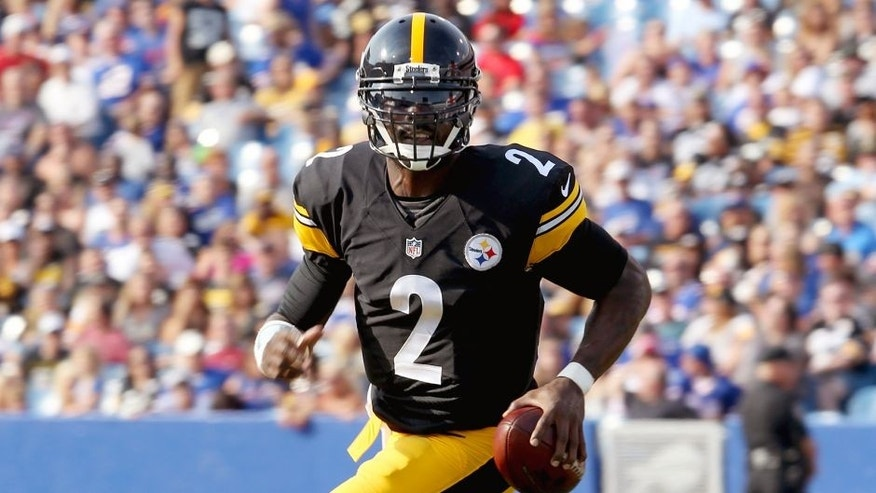 Aug 29, 2015; Orchard Park, NY, USA; Pittsburgh Steelers quarterback Michael Vick (2) runs the ball during the first half against the Buffalo Bills at Ralph Wilson Stadium. Mandatory Credit: Timothy T. Ludwig-USA TODAY Sports
