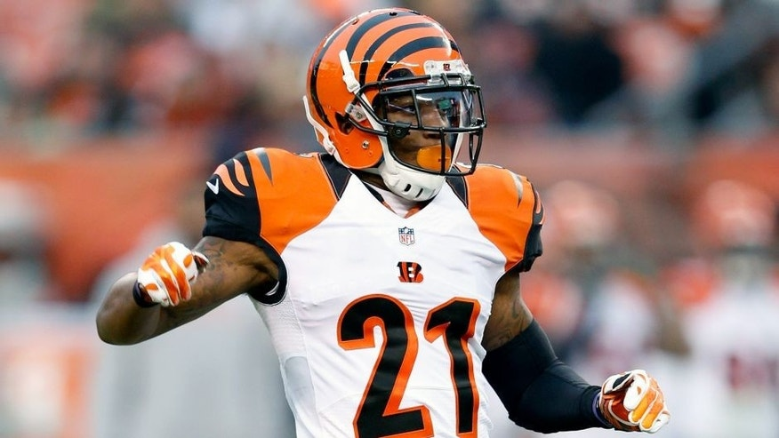 CLEVELAND, OH - DECEMBER 14: Darqueze Dennard #21 of the Cincinnati Bengals in action against the Cleveland Browns during the game at FirstEnergy Stadium on December 14, 2014 in Cleveland, Ohio. The Bengals defeated the Browns 30-0. (Photo by Joe Robbins/Getty Images)
