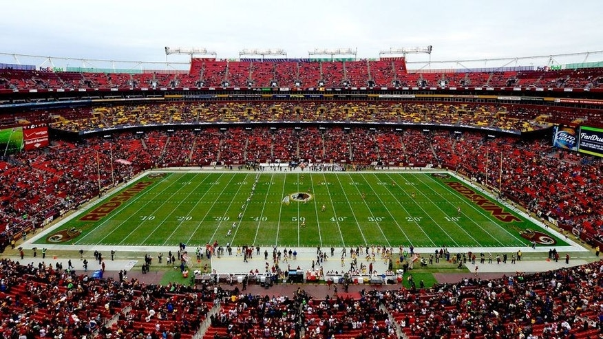 LANDOVER, MD - NOVEMBER 16: General view as the Washington Redskins take on the Tampa Bay Buccaneers at FedExField on November 16, 2014 in Landover, Maryland. (Photo by Patrick McDermott/Getty Images)