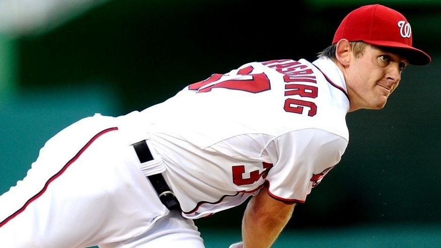 WASHINGTON, DC - AUGUST 25: Stephen Strasburg #37 of the Washington Nationals pitches against the San Diego Padres at Nationals Park on August 25, 2015 in Washington, DC. (Photo by G Fiume/Getty Images)