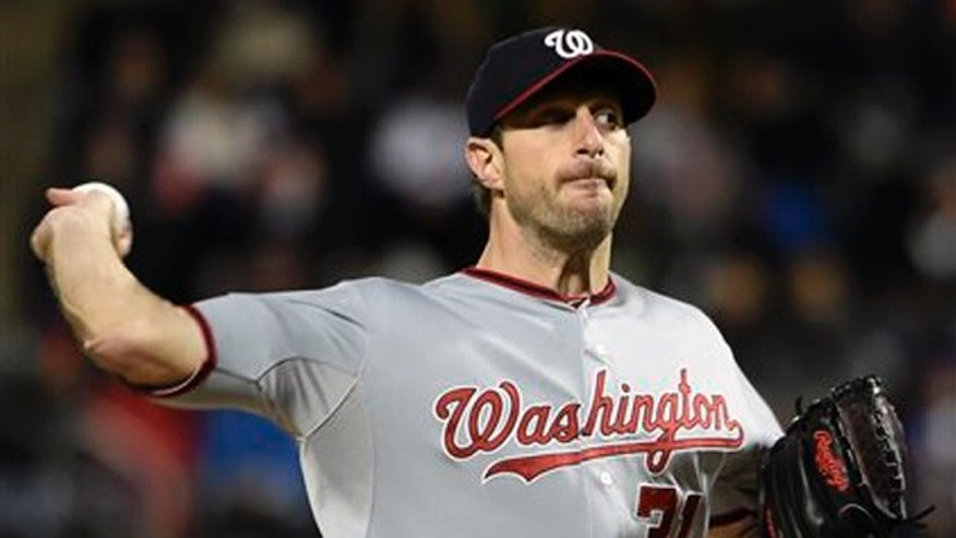 Oct. 3, 2015: Washington Nationals starter Max Scherzer (31) pitches against the New York Mets in the first inning of the second baseball game of a doubleheader in New York.