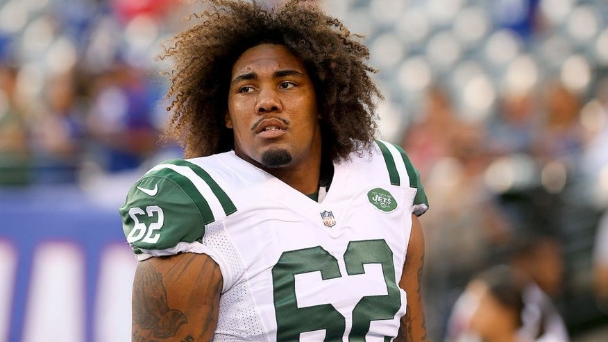 Aug 29, 2015; East Rutherford, NJ, USA; New York Jets defensive lineman Leonard Williams (62) during the pregame warmup for his game against the New York Giants at MetLife Stadium. Mandatory Credit: Ed Mulholland-USA TODAY Sports