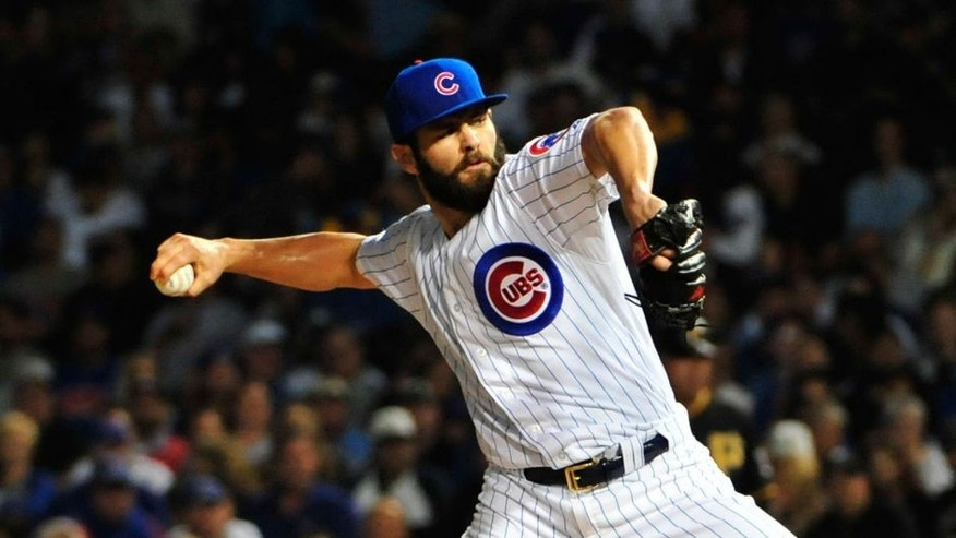 CHICAGO, IL - SEPTEMBER 27: Jake Arrieta #49 of the Chicago Cubs pitches against the Pittsburgh Pirates during the first inning on September 27, 2015 at Wrigley Field in Chicago, Illinois. (Photo by David Banks/Getty Images)