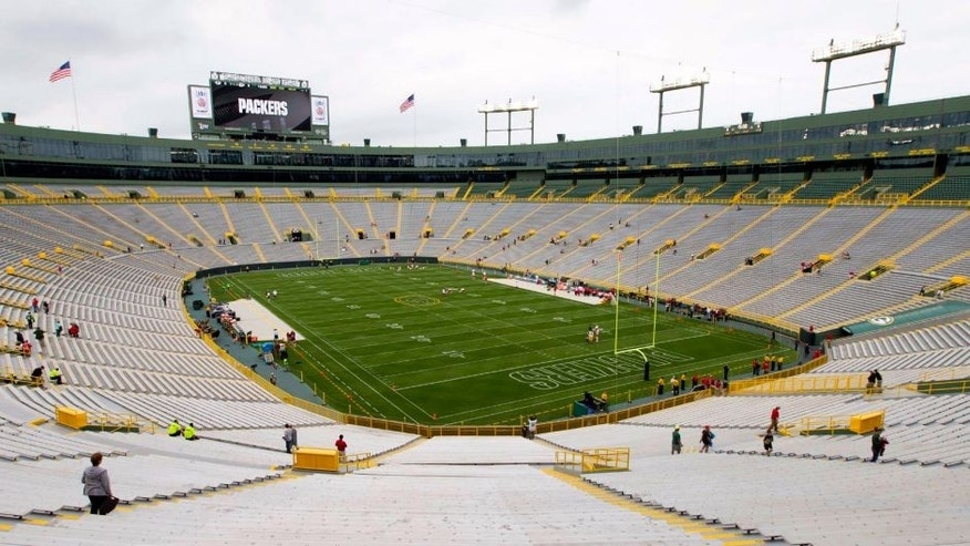 Aug 28, 2014; Green Bay, WI, USA; General view of Lambeau Field prior to the game between the Kansas City Chiefs and Green Bay Packers. Mandatory Credit: Jeff Hanisch-USA TODAY Sports