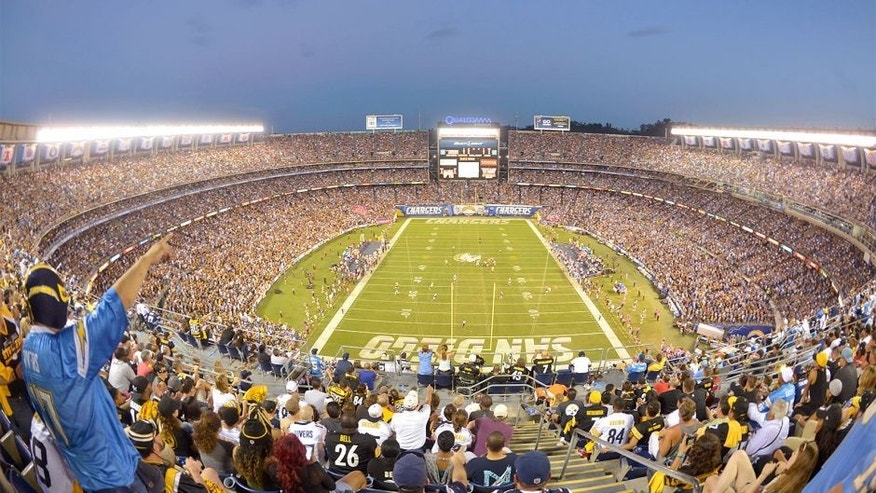 Oct 12, 2015; San Diego, CA, USA; General view of the NFL game between the Pittsburgh Steelers and the San Diego Chargers at Qualcomm Stadium. Mandatory Credit: Kirby Lee-USA TODAY Sports