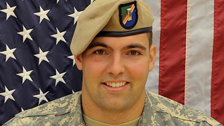 <p>Eagles Sign U.S. Army Ranger Alejandro Villanueva</p>