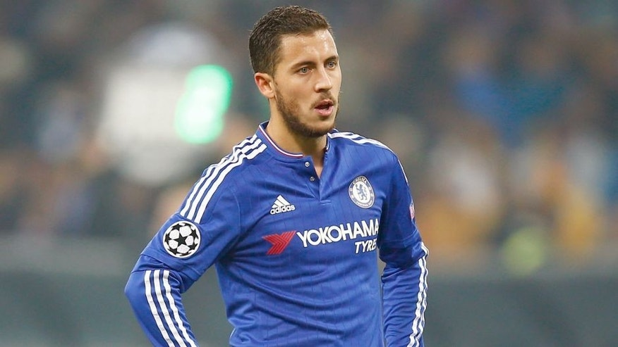 KIEV, UKRAINE - OCTOBER 20: Eden Hazard of Chelsea during the UEFA Champions League Group G match between FC Dynamo Kyiv and Chelsea at the Olympic Stadium on October 20, 2015 in Kiev, Ukraine. (Photo by Clive Rose/Getty Images)