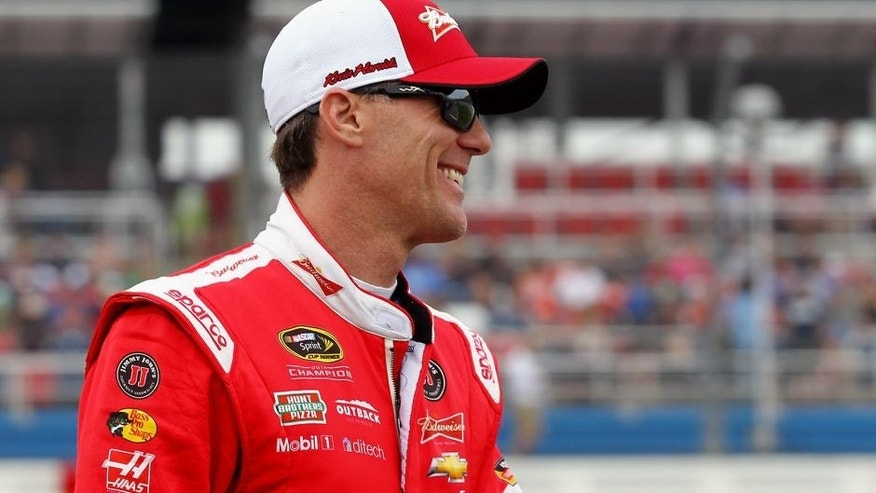 TALLADEGA, AL - OCTOBER 25: Kevin Harvick, driver of the #4 Budweiser/Jimmy John's Chevrolet, is introduced prior to the NASCAR Sprint Cup Series CampingWorld.com 500 at Talladega Superspeedway on October 25, 2015 in Talladega, Alabama. (Photo by Sarah Crabill/Getty Images)