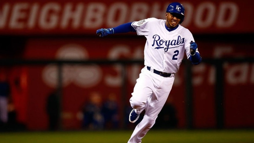 KANSAS CITY, MO - OCTOBER 27: Alcides Escobar #2 of the Kansas City Royals runs the bases after hitting an inside the park home run in the first inning against the New York Mets during Game One of the 2015 World Series at Kauffman Stadium on October 27, 2015 in Kansas City, Missouri. (Photo by Jamie Squire/Getty Images)