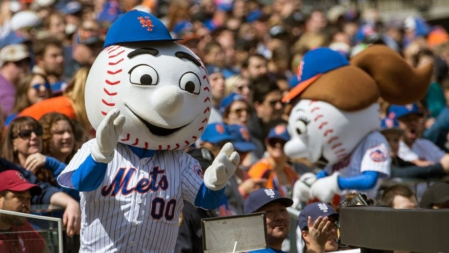 NEW YORK, NY - APRIL 19: New York Mets mascot Mr. Met and Mrs. Met cheer during the game against the Miami Marlins at Citi Field on Sunday, April 19, 2015 in the Queens borough of New York City. (Photo by Anthony Causi/MLB Photos via Getty Images)