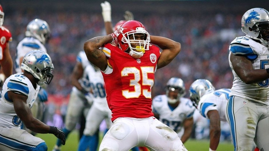 LONDON, ENGLAND - NOVEMBER 01: Charcandrick West #35 of Kansas City Chiefs celebrates scoring a touchdown during the NFL game between Kansas City Chiefs and Detroit Lions at Wembley Stadium on November 01, 2015 in London, England. (Photo by Alan Crowhurst/Getty Images)