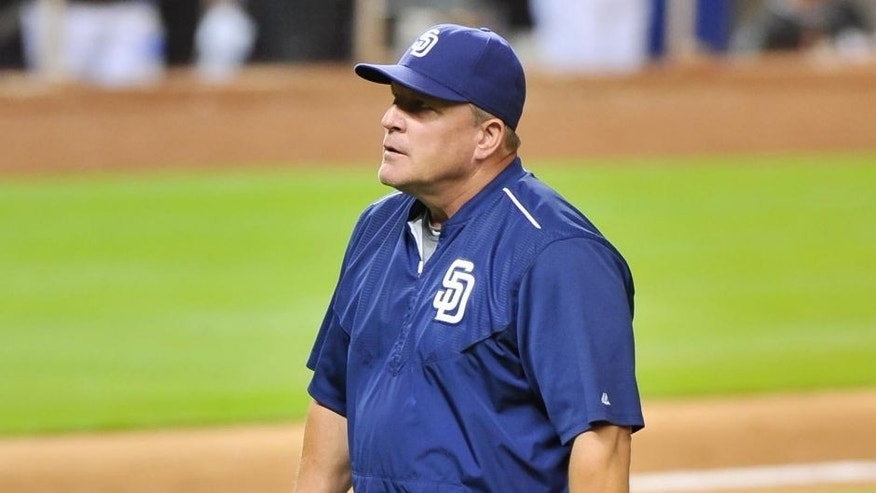 San Diego Padres interim manager Pat Murphy walks back to the dugout after a pitching change Aug. 1, 2015, against the Miami Marlins.