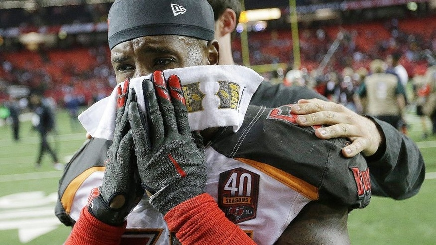 "<p style=""font-family: tahoma, arial, helvetica, sans-serif; font-size: 12px;"">Tampa Bay Buccaneers middle linebacker Kwon Alexander walks off the field after overtime of an NFL football game against the Atlanta Falcons, Sunday, Nov. 1, 2015, in Atlanta. The Tampa Bay Buccaneers won 23-20. (AP Photo/David Goldman)</p>"