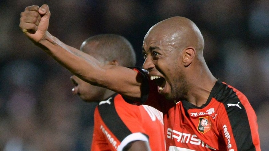 Rennes' Cape Verdean midfielder Gelson Fernandes jubilates after scoring during the French L1 football match between Angers (SCO) and Rennes (Stade Rennais FC) on November 6, 2015 at the Jean Bouin stadium, in Angers, western France. AFP PHOTO / JEAN-FRANCOIS MONIER (Photo credit should read JEAN-FRANCOIS MONIER/AFP/Getty Images)