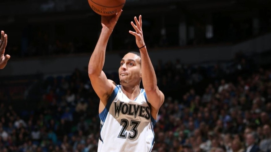 Kevin Martin of the Minnesota Timberwolves shoots against the Memphis Grizzlies on February 28, 2015 at Target Center in Minneapolis, Minnesota.