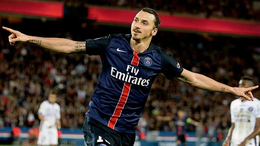 PARIS, FRANCE - NOVEMBER 07: Zlatan Ibrahimovic of Paris Saint-Germain celebrate his first goal during the French Ligue 1 between Paris Saint-Germain and Toulouse FC at Parc Des Princes on november 7, 2015 in Paris, France. (Photo by Xavier Laine/Getty Images)
