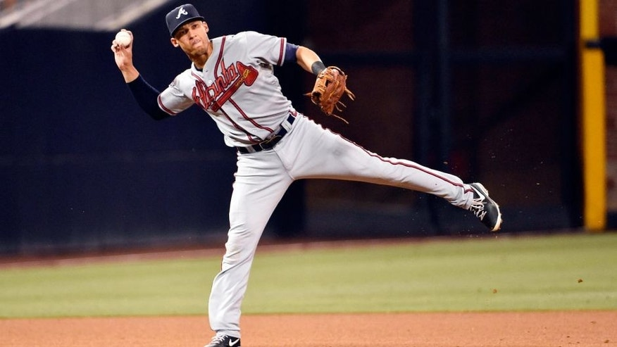 SAN DIEGO, CA - AUGUST 1: Andrelton Simmons #19 of the Atlanta Braves plays a baseball game against the San Diego Padres at Petco Park on August 1, 2014 in San Diego, California. (Photo by Denis Poroy/Getty Images)