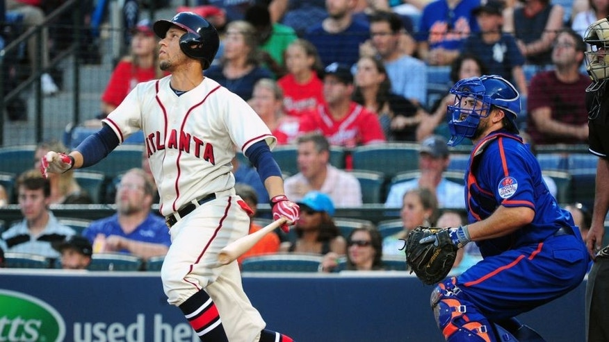 ATLANTA, GA - JUNE 20: Andrelton Simmons #19 of the Atlanta Braves knocks in a run with a second inning single against the New York Mets at Turner Field on June 20, 2015 in Atlanta, Georgia. (Photo by Scott Cunningham/Getty Images)