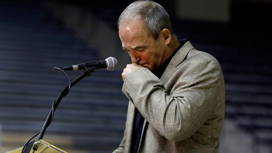 University of Missouri head football coach Gary Pinkel pauses while speaking about his players during a news conference Monday, Nov. 16, 2015, in Columbia, Mo. Pinkel has announced he will resign following the 2015 season after being diagnosed with lymphoma in May. (AP Photo/Jeff Roberson)