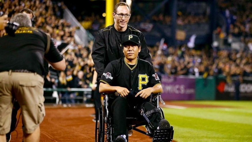 PITTSBURGH, PA - OCTOBER 07: Jung Ho Kang #27 of the Pittsburgh Pirates is seen on the field prior to the National League Wild Card game between the Pittsburgh Pirates and the Chicago Cubs at PNC Park on October 7, 2015 in Pittsburgh, Pennsylvania. (Photo by Jared Wickerham/Getty Images)