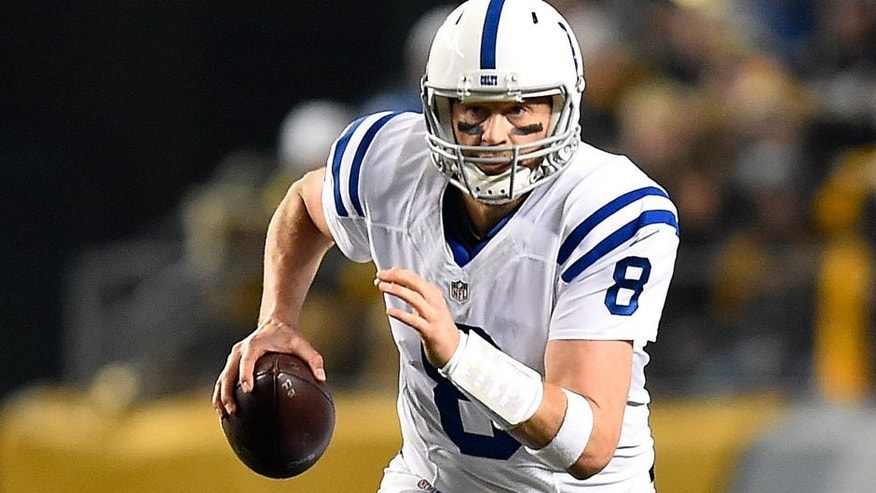 PITTSBURGH, PA - DECEMBER 6: Matt Hasselbeck #8 of the Indianapolis Colts looks to pass against the Pittsburgh Steelers at Heinz Field on December 6, 2015 in Pittsburgh, Pennsylvania. (Photo by Joe Sargent/Getty Images)